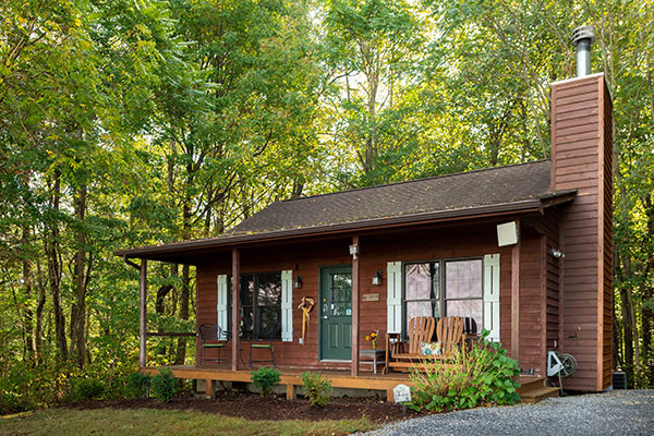 Shenandoah Valley Cabins in Virginia at Steeles Tavern Manor Bed and Breakfast